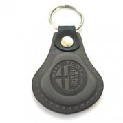 Kožená kľúčenka Alfa Romeo šedá (AUTO123-924-968)